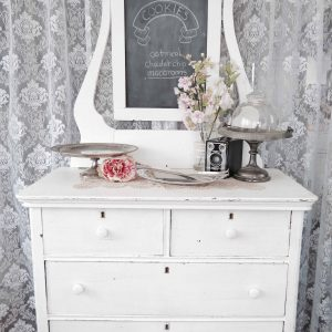 Vintage cookie table vignette for rent from Peachy Green Event